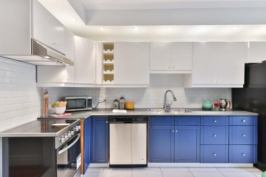 2019 Kitchen Design - Navy Blue