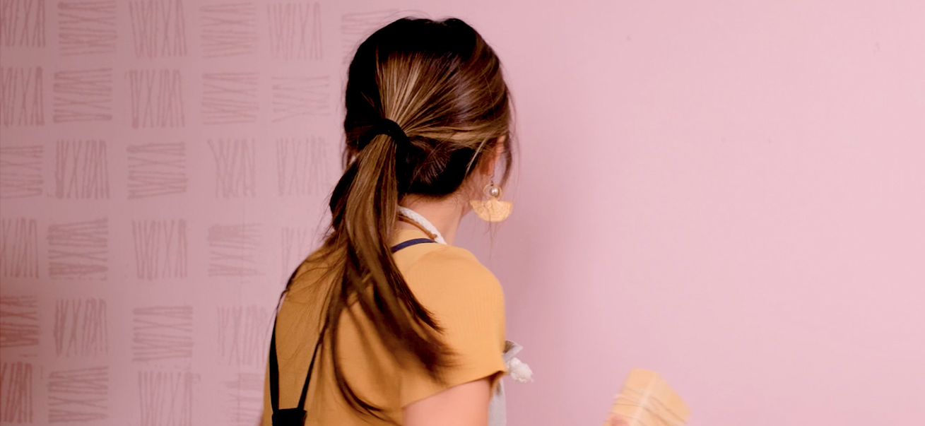 Krafty Kriz: How to Make a String Pattern Wall Accent