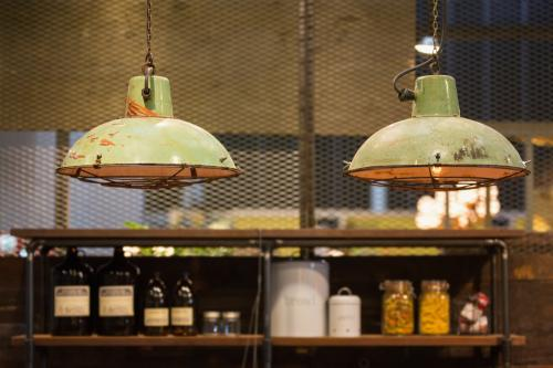 Industrial lamps, keep the rust